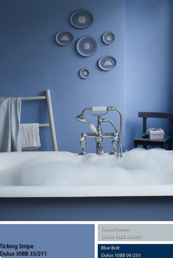 Màu của Thủy đặc biệt hợp với phòng tắm.