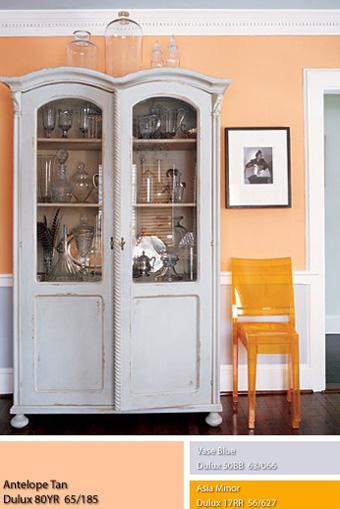 Những bức tường sơn màu da cam nhạt với sơn Dulux