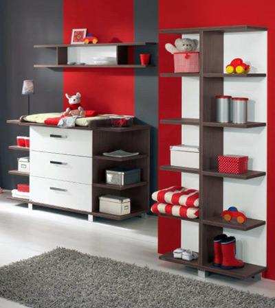 Những ngăn hộc tủ nhỏ để trẻ tự sắp xếp đồ dùng cá nhân.