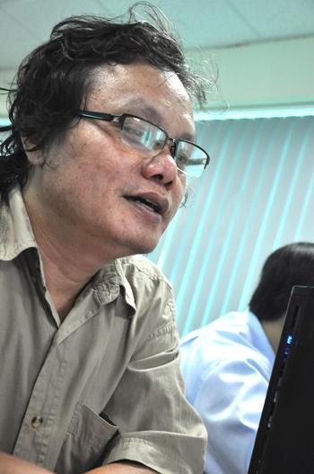 Bác sĩ Trương Hữu Khanh, Trưởng khoa Nhiễm Bệnh viện Nhi Đồng 1 TP HCM. Ảnh: Thiên Chương