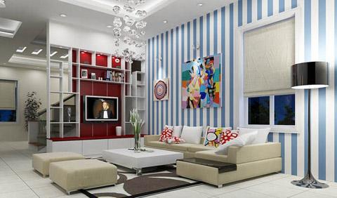Khoảng tường sử dụng giấy dán tường màu xanh kẻ sọc tươi tắn, trẻ trung khiến không gian căn phòng khách hiện đại trông cao và rộng rãi hơn.