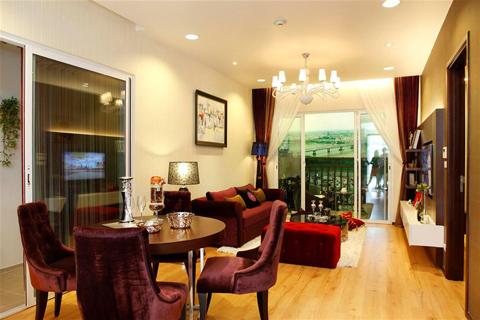 Sự rộng rãi giúp cho chủ nhân căn hộ vừa có thể trang trí nội thất theo phong cách lộng lẫy của châu Âu cổ điển vừa có thể tạo ra những căn phòng trẻ trung hiện đại theo phong cách thiết kế đương đại.