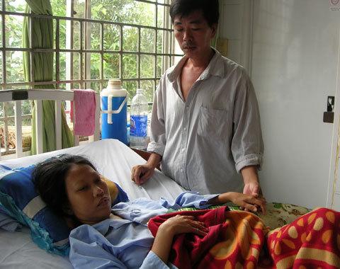 Chị Tú khi còn chạy thận ở Cần Thơ vì bị bác sĩ cắt mất hai quả thận.