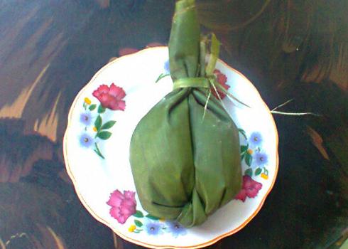 Bánh uôi là một đặc sản độc đáo trong văn hóa ẩm thực của người Mường ở Hòa Bình.