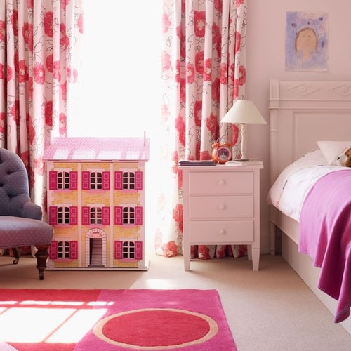 Classic-cream-and-bright-pink-childs-bed