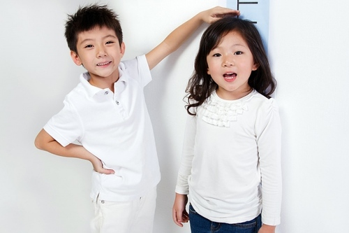 Để trẻ em cao hơn 1