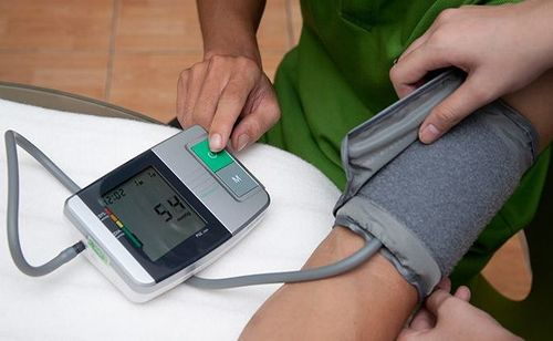 Những điều cần chú ý khi điều trị sốt xuất huyết tại nhà