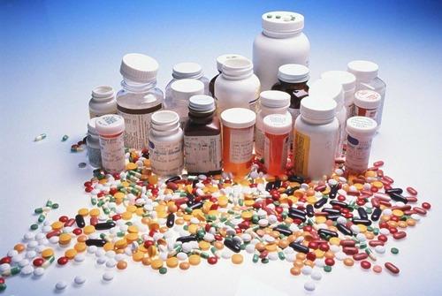 Bệnh cường giáp có thể điều trị bằng thuốc.