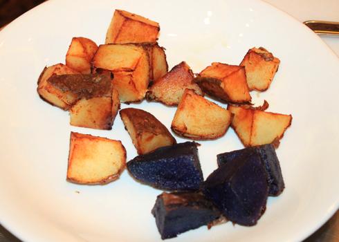 Cách làm món ếch um khoai tây ngon 1