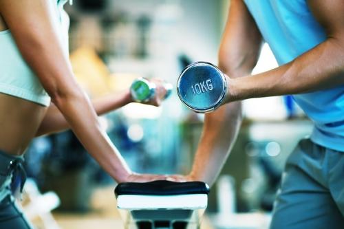 Nên đảm bảo tập thể dục ít nhất 2,5 giờ đồng hồ mỗi tuần. Ảnh: fitnessgoop