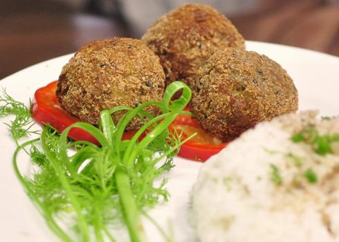 Món chả tôm sú pha trộn giữa Ý, Nhật và mang hương vị Việt Nam của thí sinh Lan Hương.