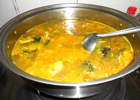Cách làm món mì Quảng thịt ếch ngon 3