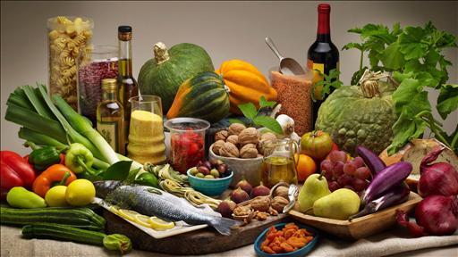 Ảnh 1: Chế độ ăn theo kiểu Địa Trung Hải cung cấp các axit béo thiết yếu và các chất chống oxy hóa. Ảnh: (radio.foxnews.com)