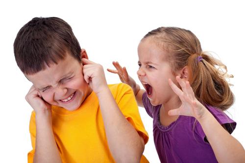 Lời khuyên của mẹ Mỹ về cách giải quyết xung đột giữa các bé