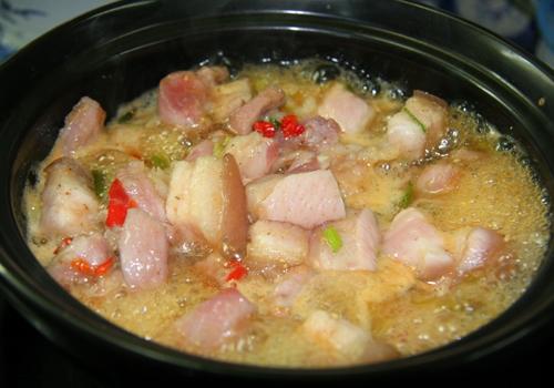 Cách làm món thịt ba rọi kho nồi đất ngon 3