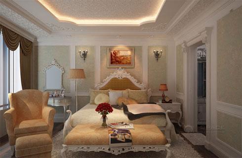 Phòng ngủ thứ nhất của căn hộ với vẻ đẹp sang trọng của phong cách Pháp.