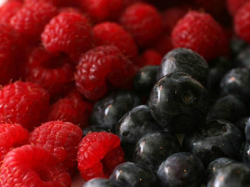raspberries-1378358132.jpg