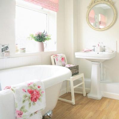bathroom-colors-white-248204-1388739973.