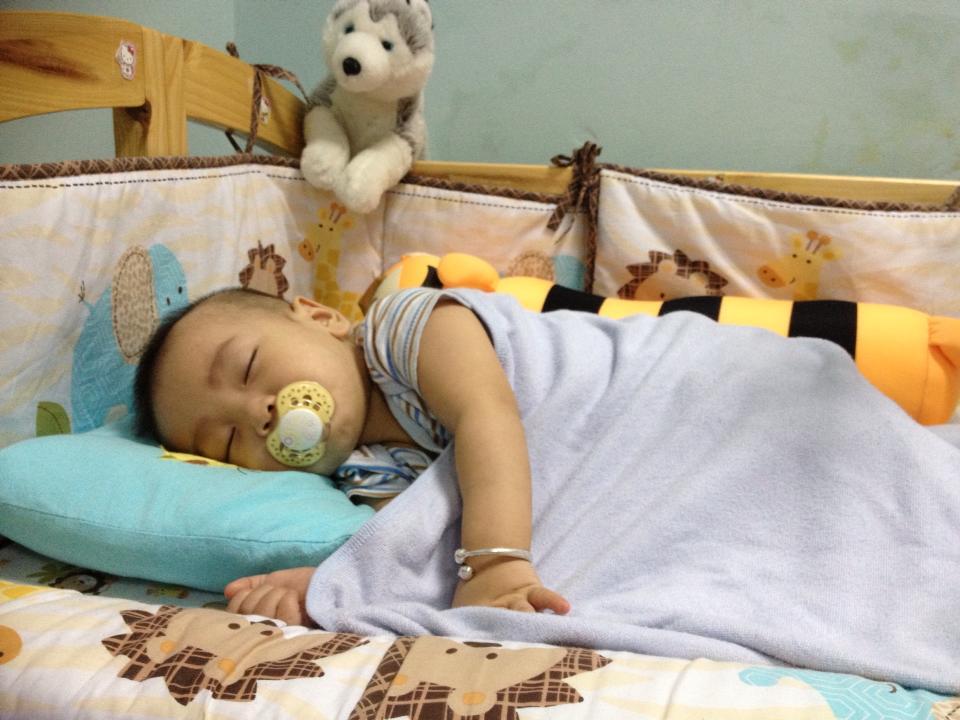Mẹ Việt rèn con ngủ \'kiểu Mỹ\' - VnExpress Đời sống