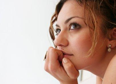 woman-thinking-7788-1383705918.jpg