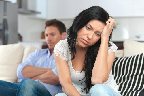 divorce-1-nguon-itock-6195-1385859449.jp