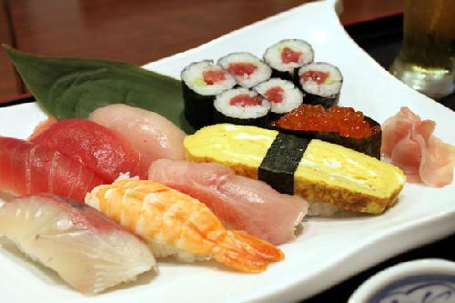 Sushi là tăng năng lượng. Ảnh: japancrush