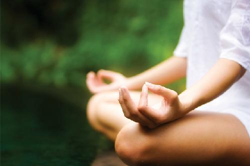 Thiền định sẽ giúp bạn ổn định cảm xúc, giảm căng thẳng. Ảnh: redorbit