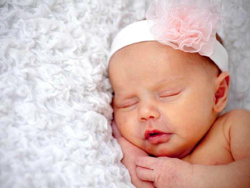 Newborn-photo-2-7859-1393117792.jpg