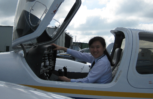 Nữ phi công 8X kể chuyện trải nghiệm bầu trời