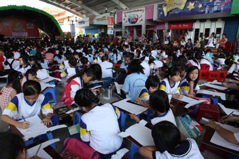 1.500 em tham gia thi 'Nét vẽ xanh'