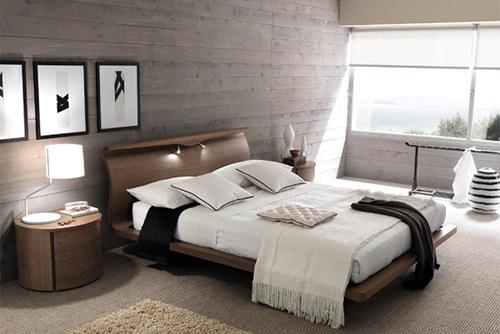 Phòng ngủ ấm cúng với tường ốp gỗ