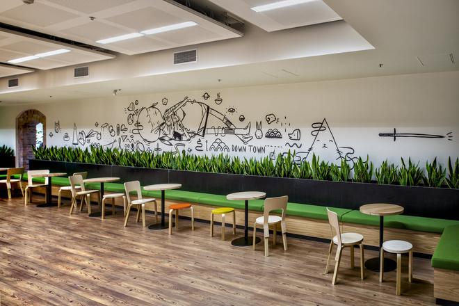 Những văn phòng tuyệt đẹp chứa đủ quán cà phê, nhà hàng 6