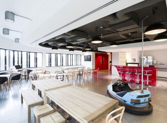 Những văn phòng tuyệt đẹp chứa đủ quán cà phê, nhà hàng 4