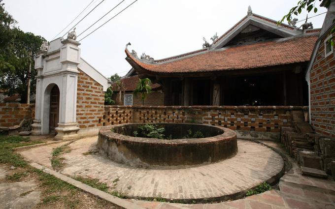Những giếng cổ ở làng Đường Lâm