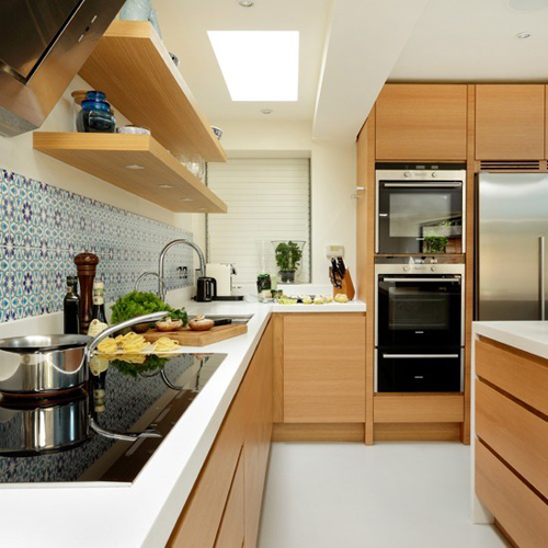 White-Worktop-and-Wood-Kitchen-5590-8665