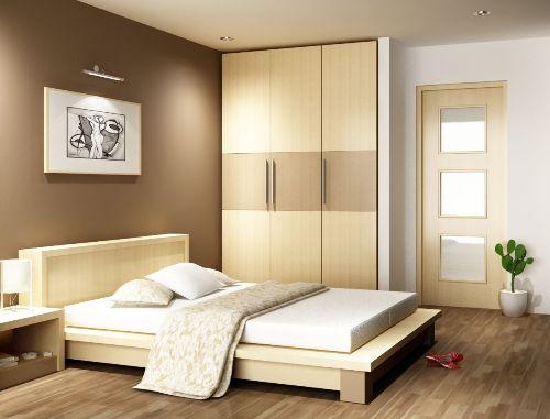 Pphòng ngủ đơn giản, tủ, giường có thể là ván ép, gạch lót nền giả gổ, nhưng tạo nên một phong cách rất riêng và ấm cúng.