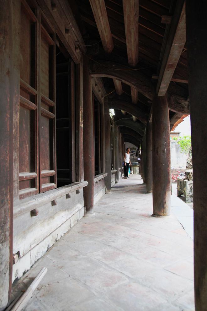 Ngôi nhà gỗ lim 300 tuổi vùng Kinh Bắc
