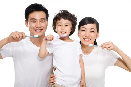 cham-soc-rang-mieng2-4078-1402941190.jpg