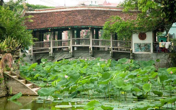 Những cây cầu ngói đẹp ở Việt Nam