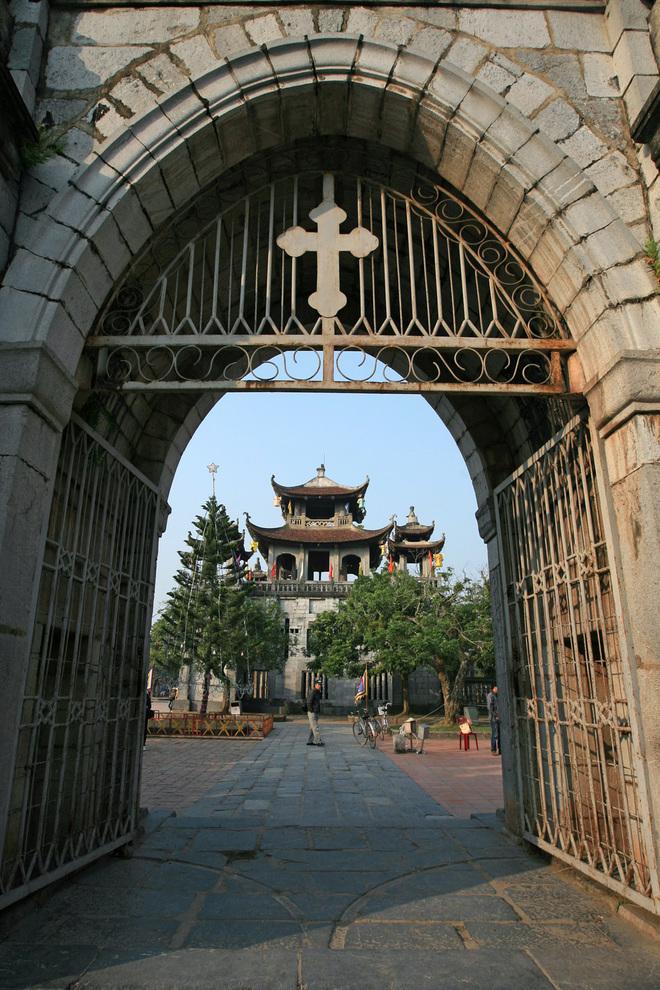 Kiến trúc độc đáo của nhà thờ Phát Diệm