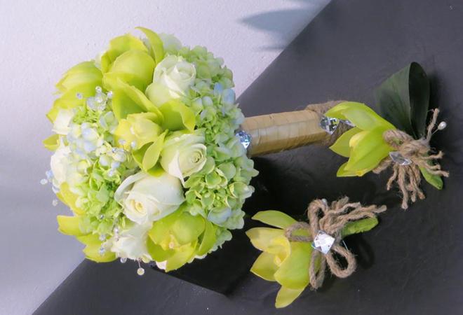 Chọn hoa cầm tay phù hợp với cô dâu