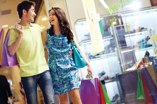 Shopping-Couple-9147-1406802072.jpg