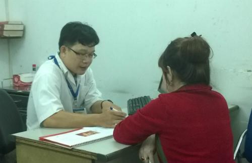 Bệnh nhân khám bệnh tại BV Tâm thần TP HCM. Ảnh: Lê Phương.