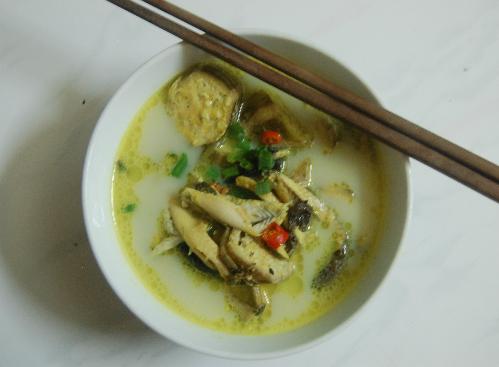 Đậm đà canh lươn nấu chuối chát