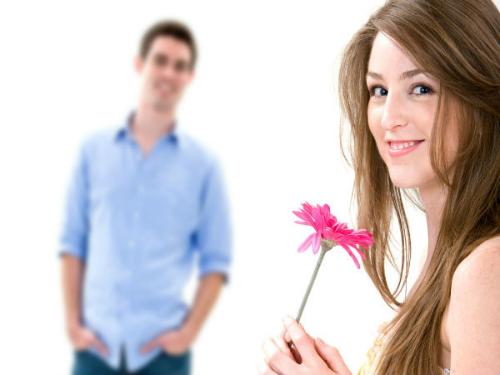 Giữ bạn gái không xao lòng trước chàng trai khác