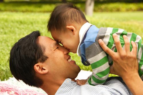 asian-father-son-8247-1410226337.jpg