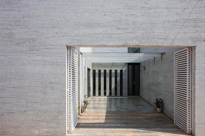 Gia Lai: Căn nhà ống 40 m rực rỡ ánh sáng