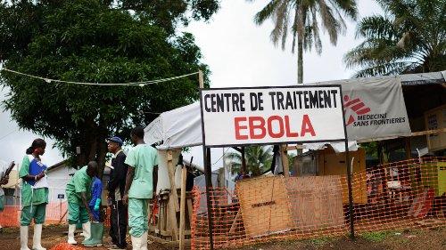 Dịch Ebola đang diễn tiến hết sức tồi tệ và ngày càng vượt tầm kiểm soát. Ảnh: topic.nytimes.com
