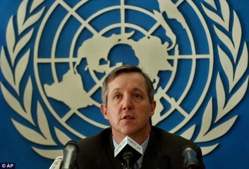 Ông Anthony Banbury cảnh báo nguy cơ Ebola lây qua không khí sau khi biến thể. Ảnh: Onenewspage
