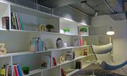 Không gian nhiều cây xanh trong công ty thiết kế